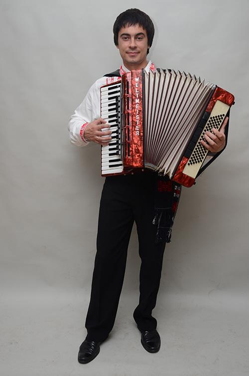 akordeon-vitaliy-tkachenko