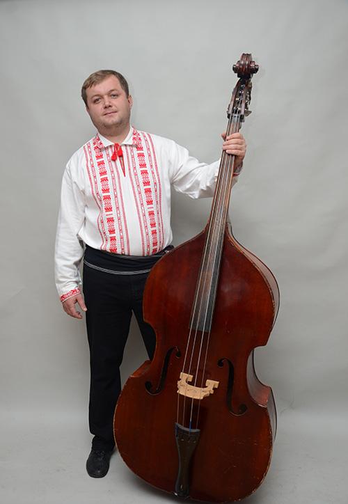 kontrabas-andriy-rukomoynikov